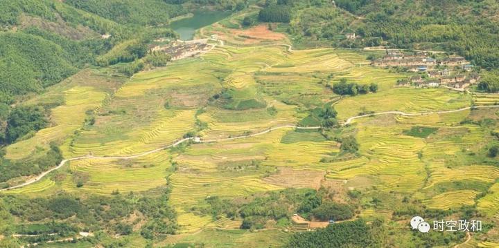 念山云上梯田是国家3a级旅游景区,国家湿地公园,福建最美梯田之一,地