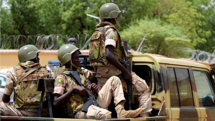 外媒:马里一处军营遭恐怖袭击 致54人死亡