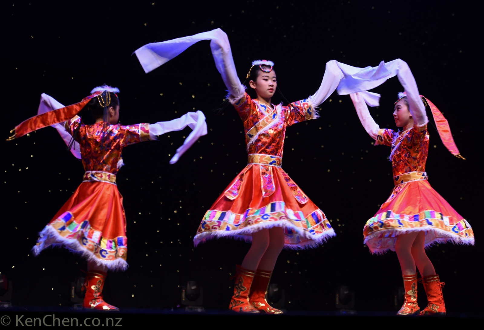 第四届2019新西兰多元化专业舞蹈交流晚会_kenchen.co.nz_9373.jpg