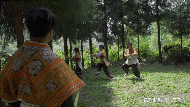 苗族芦笙舞(滚山珠)国家级传承人 ——王景才
