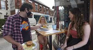 """英国""""最小""""餐厅将开业仅有一张桌子接待两位客人_疫情"""