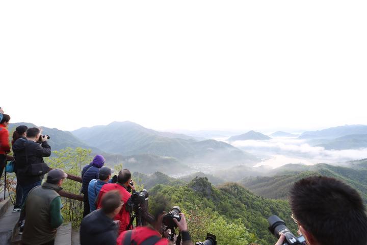 用镜头记录祖国的大好河山—记怀远县摄影家协会霍山采风活动