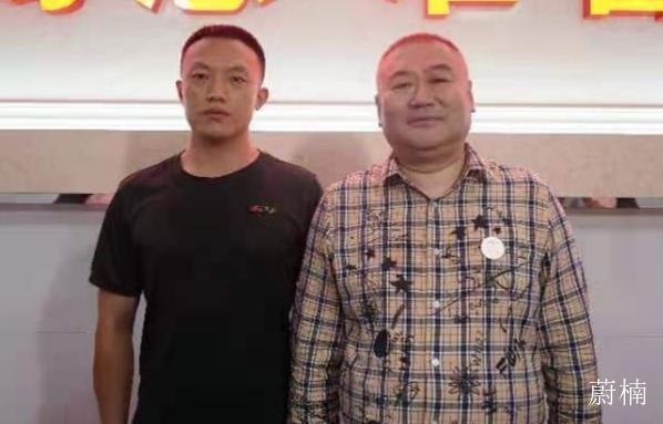 中鸿电梯人到郑州抗灾现场慰问 和河南人民同呼吸共命运心连心
